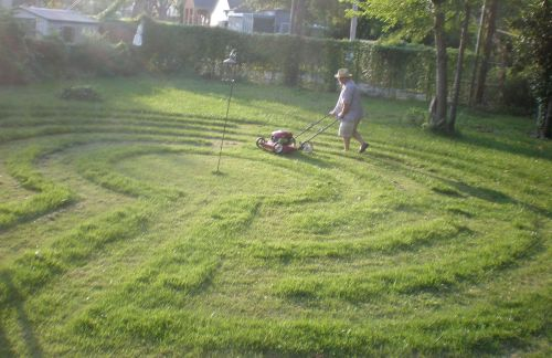 mowing labyrinth 1