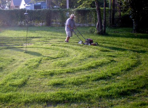 mowing labyrinth 2