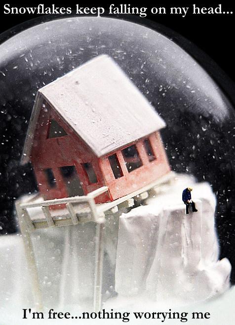 snowflakes Im free garamond 16