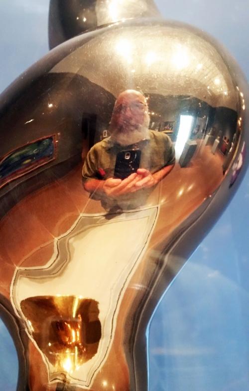 self in Arp sculpture speed museum